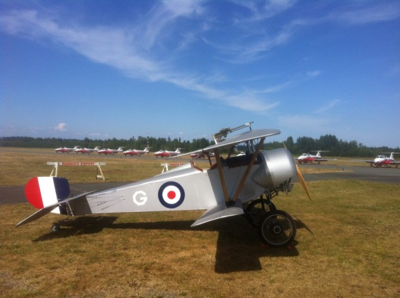 Snowbirds meet Nieuport